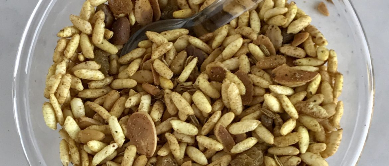 Vegan snack mix is addictive!